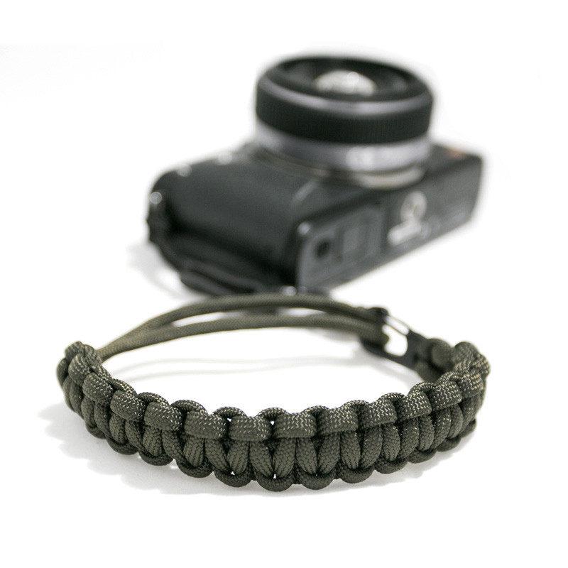 Afbeelding van DSPTCH Camera Wrist Strap Mat Olive/Matte Black