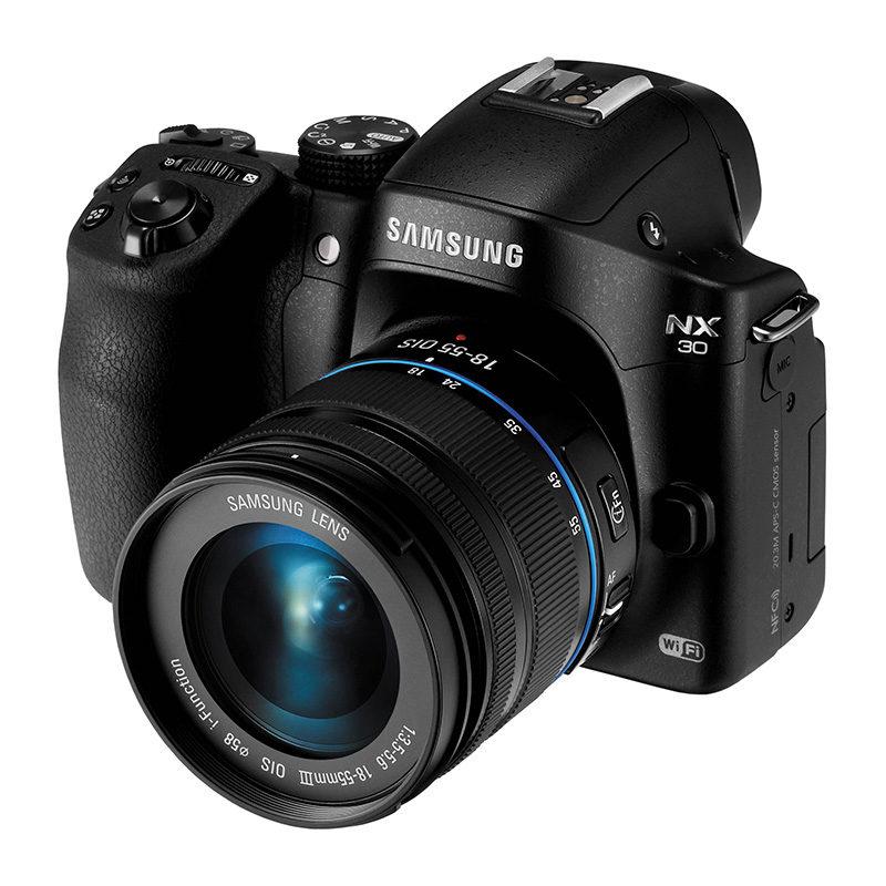 Samsung NX30 systeemcamera + 18-55mm Zwart