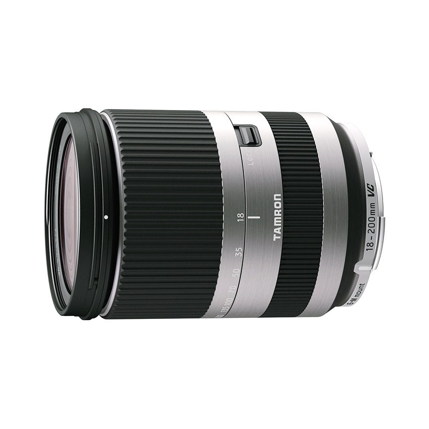 Foto van Tamron AF 18-200mm f/3.5-6.3 Di III VC Canon EOS M objectief Zilver