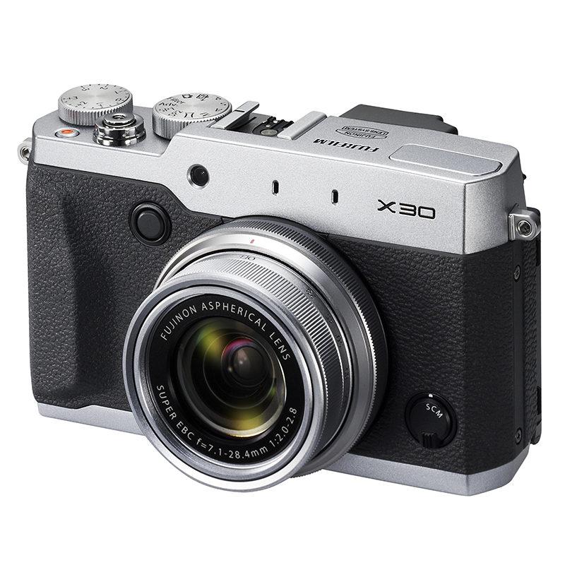 Fujifilm FinePix X30 compact camera Zilver