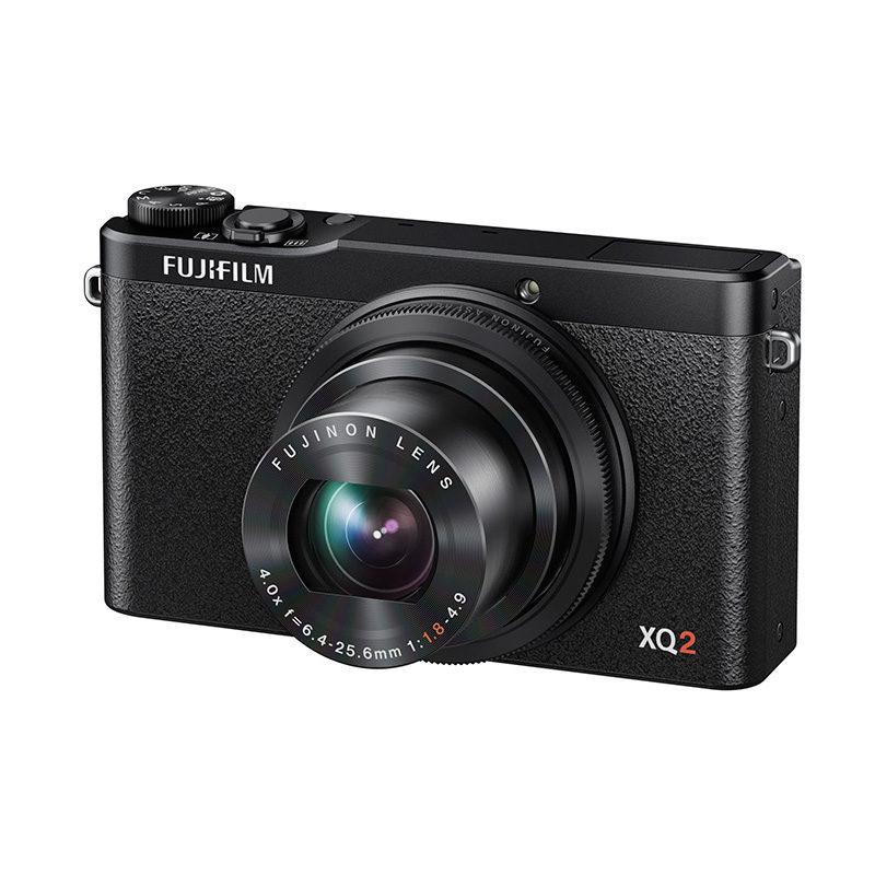 Fujifilm FinePix XQ2 compact camera Zwart