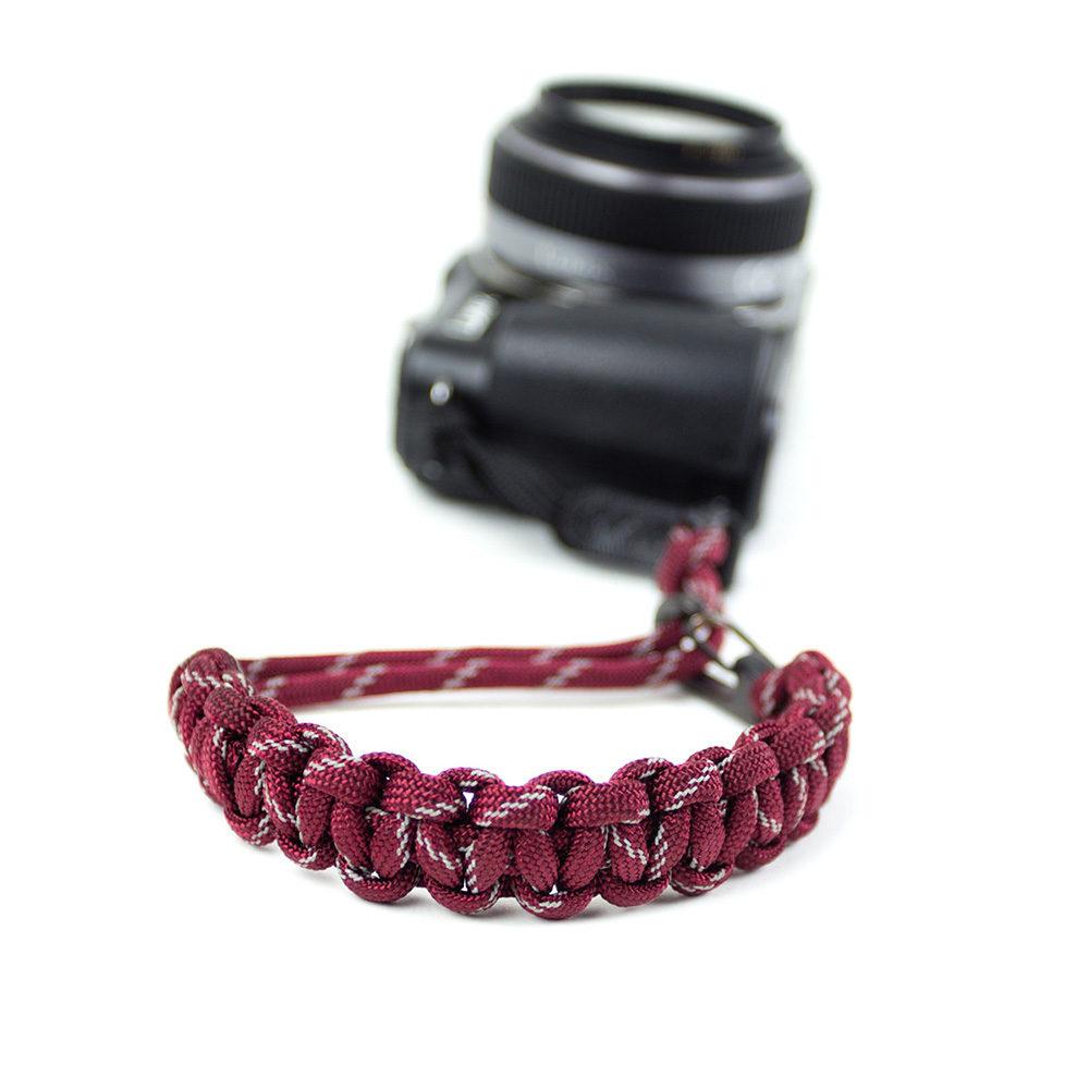 Afbeelding van DSPTCH Camera Wrist Strap Burgundy 3M/Gunmetal