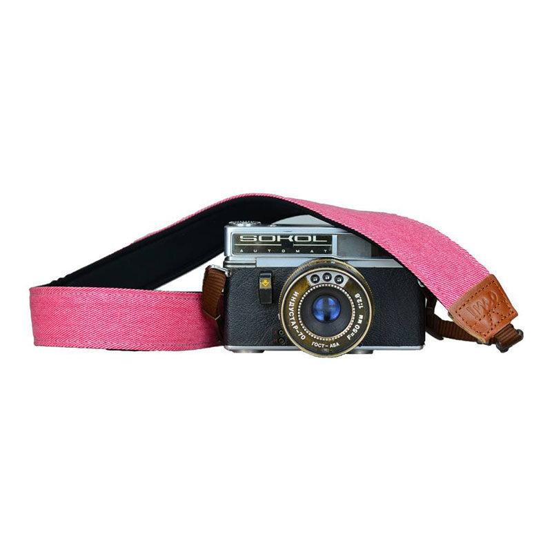Foto van iMo Donker Roze Neopreen Camera Strap