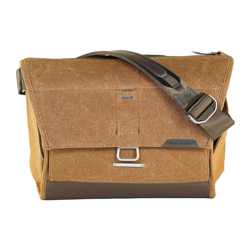 "Foto van Peak Design Everyday Messenger 15"" Heritage Tan"