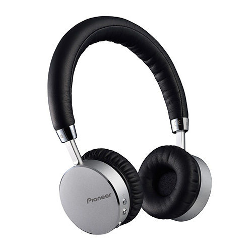 Foto van Pioneer SE-MJ561 Bluetooth On-Ear koptelefoon Zilver