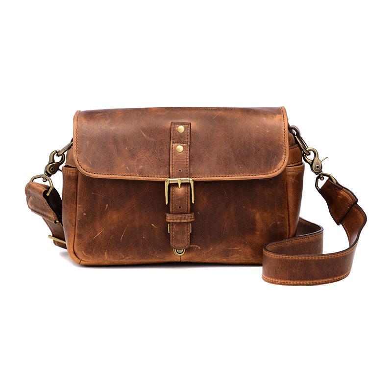 Foto van ONA The Bowery Leather Antique Cognac Messenger Bag