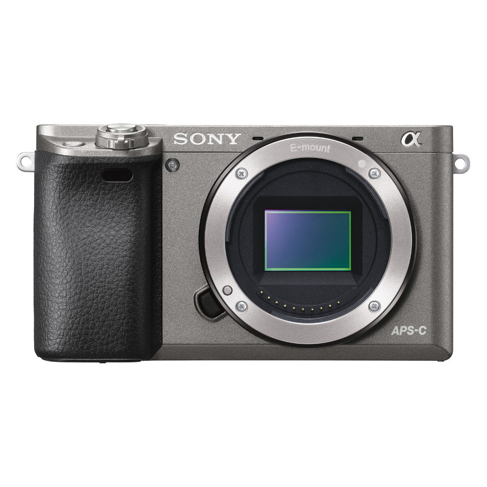 Sony Alpha A6000 ICL systeemcamera Body Graphite (ILCE6000H.CEC) <br/>€ 419.00 <br/> <a href='https://www.cameranu.nl/fotografie/?tt=12190_474631_241358_&r=https%3A%2F%2Fwww.cameranu.nl%2Fnl%2Fp1327445%2Fsony-alpha-a6000-icl-systeemcamera-body-graphite-ilce6000h-cec%3Fchannable%3D002a596964003133323734343530%26utm_campaign%3D%26utm_content%3DSony%2Bsysteemcamera%26utm_source%3DTradetracker%26utm_medium%3Dcpc%26utm_term%3DDigitale%2Bcamera%26apos%3Bs' target='_blank'>naar de winkel</a>
