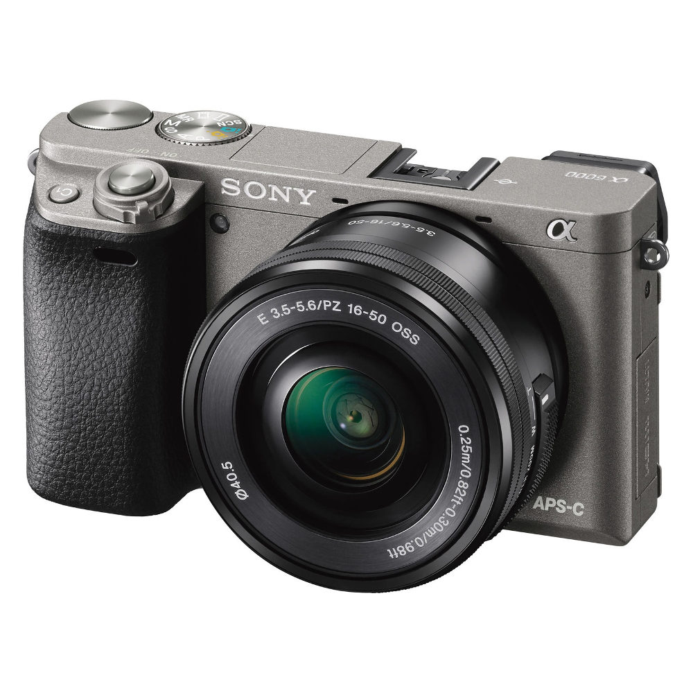 Sony Alpha A6000 ICL systeemcamera Graphite + 16-50mm OSS (ILCE6000LH.CEC) <br/>€ 499.00 <br/> <a href='https://www.cameranu.nl/fotografie/?tt=12190_474631_241358_&r=https%3A%2F%2Fwww.cameranu.nl%2Fnl%2Fp1327455%2Fsony-alpha-a6000-icl-systeemcamera-graphite-16-50mm-oss-ilce6000lh-cec%3Fchannable%3D002a5969640031333237343535b1%26utm_campaign%3D%26utm_content%3DSony%2Bsysteemcamera%26utm_source%3DTradetracker%26utm_medium%3Dcpc%26utm_term%3DDigitale%2Bcamera%26apos%3Bs' target='_blank'>naar de winkel</a>
