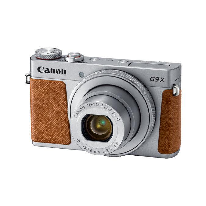 Canon Powershot G9 X Mark II compact camera Zilver <br/>€ 359.00 <br/> <a href='https://www.cameranu.nl/fotografie/?tt=12190_474631_241358_&r=https%3A%2F%2Fwww.cameranu.nl%2Fnl%2Fp1530575%2Fcanon-powershot-g9-x-mark-ii-compact-camera-zilver%3Fchannable%3De10841.MTUzMDU3NQ%26utm_campaign%3D%26utm_content%3DCompact%2Bcamera%26utm_source%3DTradetracker%26utm_medium%3Dcpc%26utm_term%3DDigitale%2Bcamera%26apos%3Bs' target='_blank'>naar de winkel</a>