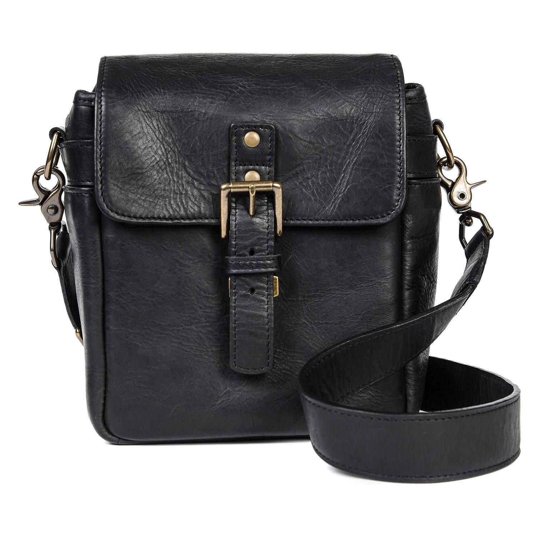 Foto van ONA Bond Street Leather Black
