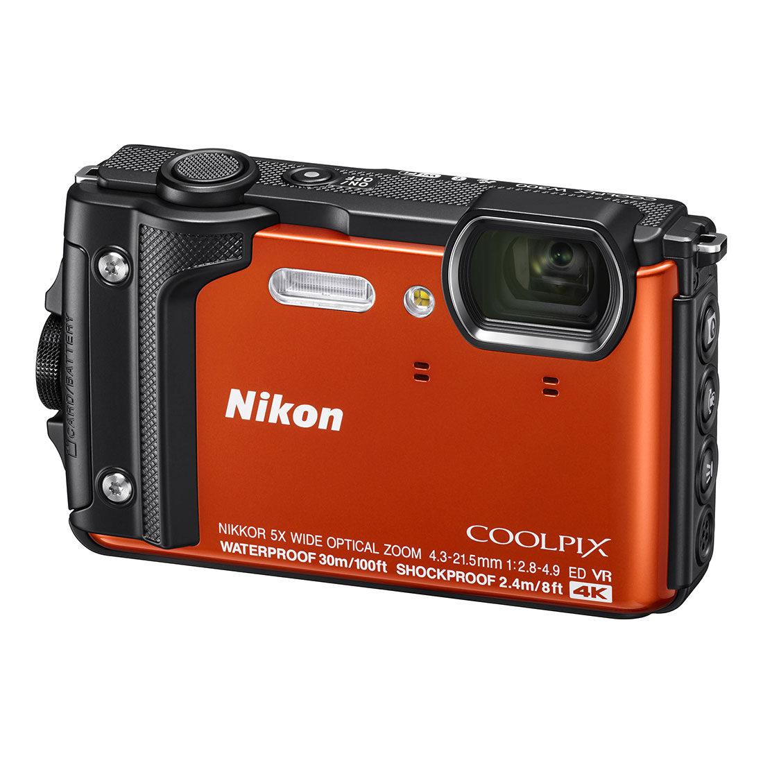Nikon Coolpix W300 compact camera Oranje