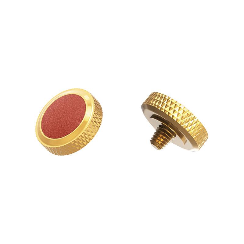 JJC Deluxe Soft Release Button SRB-DGD Bruin <br/>€ 9.95 <br/> <a href='https://www.cameranu.nl/fotografie/?tt=12190_474631_241358_&r=https%3A%2F%2Fwww.cameranu.nl%2Fnl%2Fp2626085%2Fjjc-deluxe-soft-release-button-srb-dgd-bruin%3Fchannable%3De10841.MjYyNjA4NQ%26utm_campaign%3D%26utm_content%3DLeica%2Bcamera%2Baccessoires%26utm_source%3DTradetracker%26utm_medium%3Dcpc%26utm_term%3DDigitale%2Bcamera%26apos%3Bs' target='_blank'>naar de winkel</a>