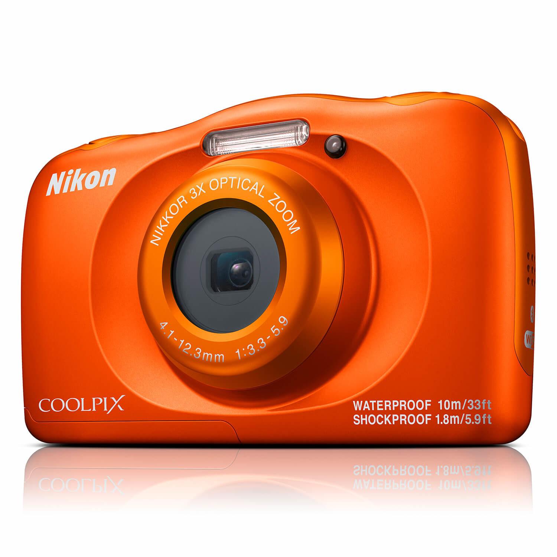 Nikon Coolpix W150 compact camera Oranje <br/>€ 159.00 <br/> <a href='https://www.cameranu.nl/fotografie/?tt=12190_474631_241358_&r=https%3A%2F%2Fwww.cameranu.nl%2Fnl%2Fp2984405%2Fnikon-coolpix-w150-compact-camera-oranje%3Fchannable%3De10841.Mjk4NDQwNQ%26utm_campaign%3D%26utm_content%3DCompact%2Bcamera%26utm_source%3DTradetracker%26utm_medium%3Dcpc%26utm_term%3DDigitale%2Bcamera%26apos%3Bs' target='_blank'>naar de winkel</a>