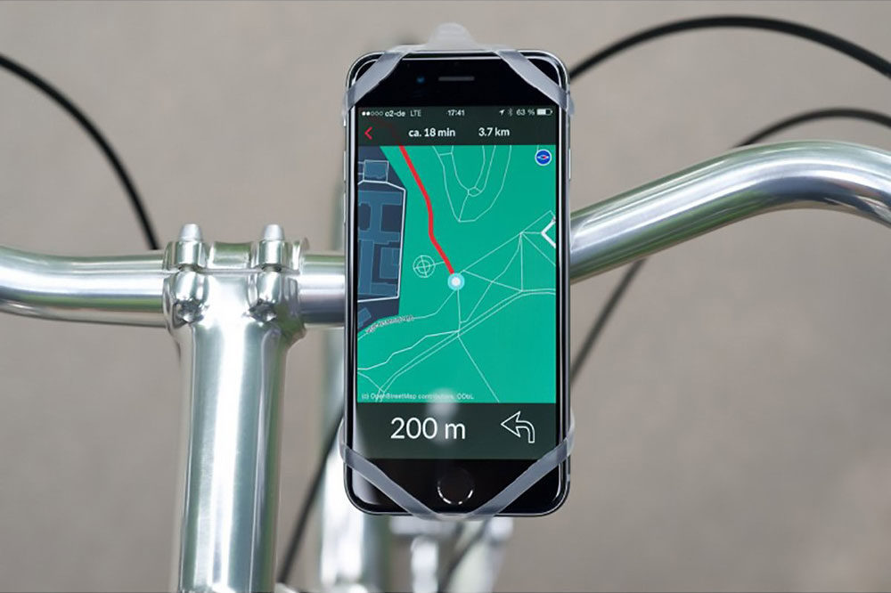 Finn BikePhoneHouder Transparant + gratis stadskaart app