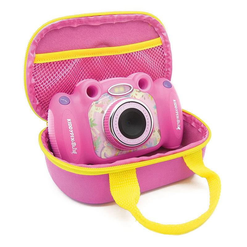 Easypix Kiddypix Blizz kindercamera Roze <br/>€ 57.95 <br/> <a href='https://www.cameranu.nl/fotografie/?tt=12190_474631_241358_&r=https%3A%2F%2Fwww.cameranu.nl%2Fnl%2Fp3039915%2Feasypix-kiddypix-blizz-kindercamera-roze%3Fchannable%3De10841.MzAzOTkxNQ%26utm_campaign%3D%26utm_content%3DCompact%2Bcamera%26utm_source%3DTradetracker%26utm_medium%3Dcpc%26utm_term%3DDigitale%2Bcamera%26apos%3Bs' target='_blank'>naar de winkel</a>