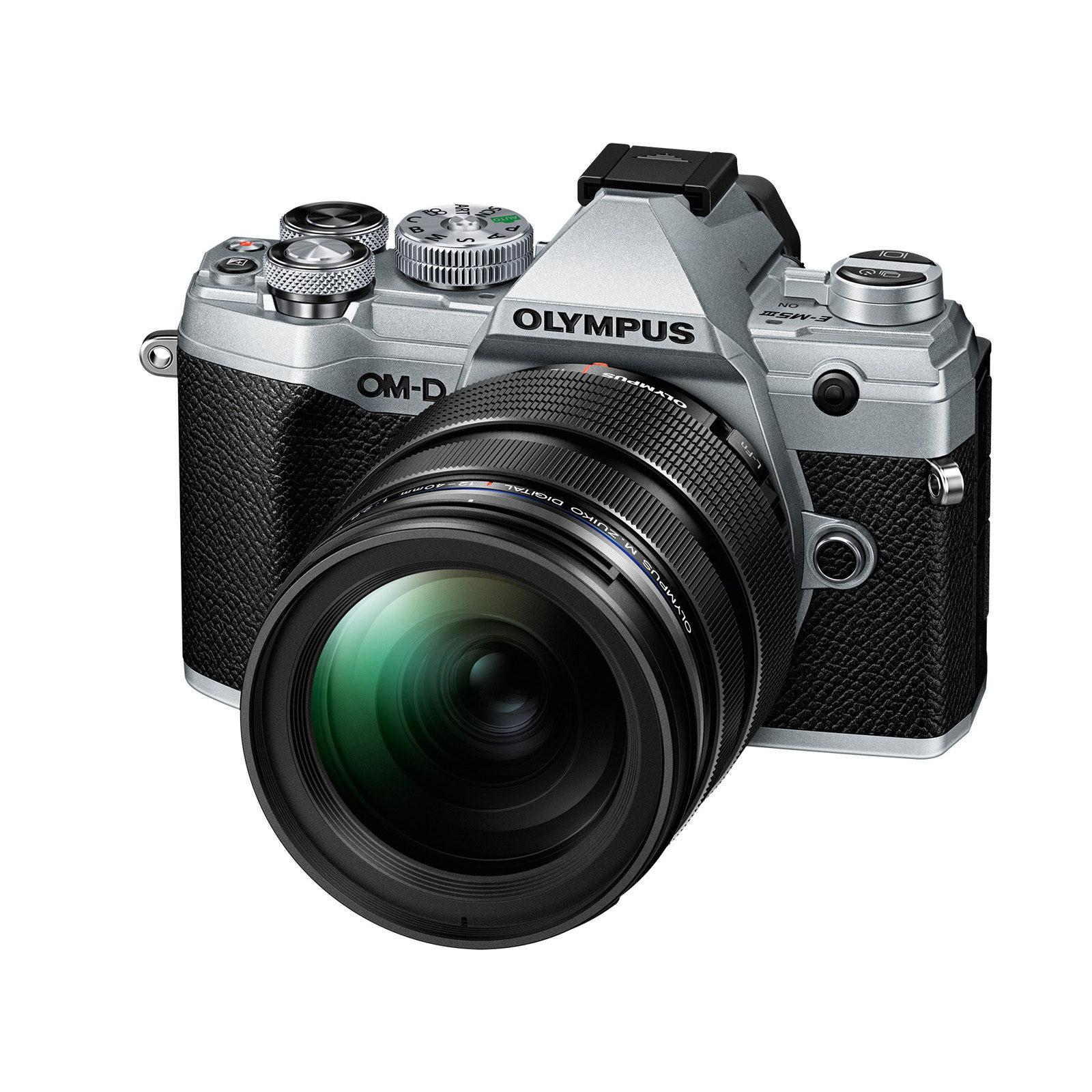 Olympus OM-D E-M5 Mark III systeemcamera Zilver + 12-40mm Zwart <br/>€ 1799.00 <br/> <a href='https://www.cameranu.nl/fotografie/?tt=12190_474631_241358_&r=https%3A%2F%2Fwww.cameranu.nl%2Fnl%2Fp3130127%2Folympus-om-d-e-m5-mark-iii-systeemcamera-zilver-12-40mm-zwart%3Fchannable%3De10841.MzEzMDEyNw%26utm_campaign%3D%26utm_content%3DOM-D%2Bserie%26utm_source%3DTradetracker%26utm_medium%3Dcpc%26utm_term%3DDigitale%2Bcamera%26apos%3Bs' target='_blank'>naar de winkel</a>