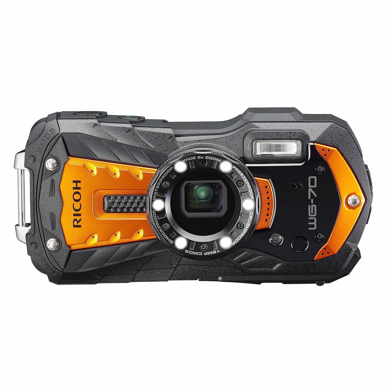 Ricoh WG-70 compact camera Oranje <br/>€ 299.00 <br/> <a href='https://www.cameranu.nl/fotografie/?tt=12190_474631_241358_&r=https%3A%2F%2Fwww.cameranu.nl%2Fnl%2Fp3168197%2Fricoh-wg-70-compact-camera-oranje%3Fchannable%3De10841.MzE2ODE5Nw%26utm_campaign%3D%26utm_content%3DCompact%2Bcamera%26utm_source%3DTradetracker%26utm_medium%3Dcpc%26utm_term%3DDigitale%2Bcamera%26apos%3Bs' target='_blank'>naar de winkel</a>
