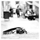iMo Meten is Weten Zwart Neopreen Camera Strap - thumbnail 4