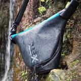 Miggo Agua Quick-Draw Stormproof Camera Holster 35 SLR Zwart/Blauw - thumbnail 3