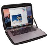 """Thule Gauntlet 4.0 15"""" MacBook Sleeve Zwart - thumbnail 4"""