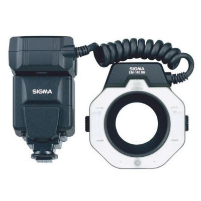 Sigma EM-140 DG Macro flitser Canon