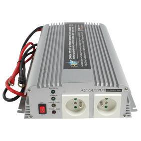 HQ Omvormer 1000W met ingebouwde lader (24-230V)