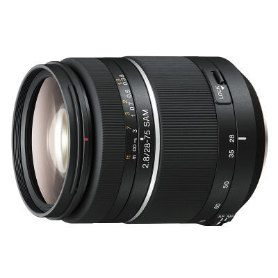 Sony 28-75mm f/2.8 SAM objectief