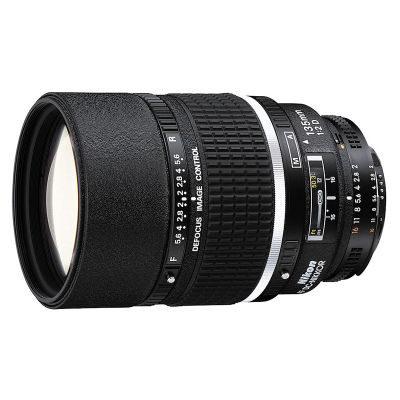 Nikon AF-D 135mm f/2.0 DC objectief