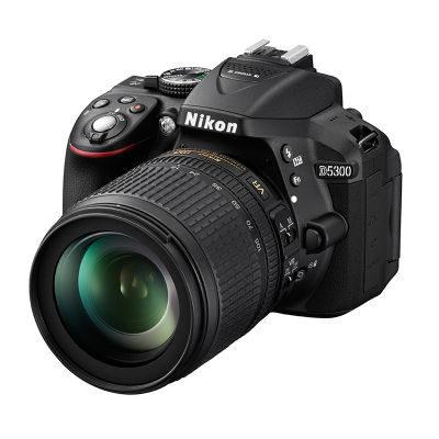 Nikon D5300 DSLR Zwart + 18-105mm VR