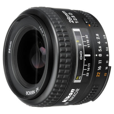 Nikon AF 28mm f/2.8D objectief