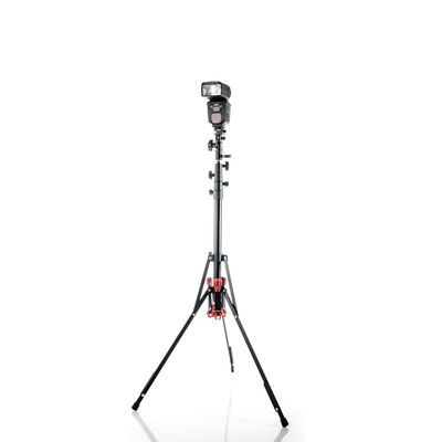 LumoPro LP605M Convertible Light Stand and Monopod