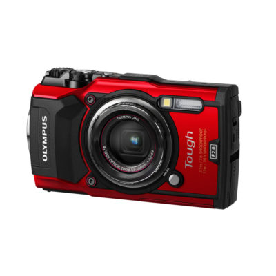 Olympus Tough TG-5 compact camera Rood
